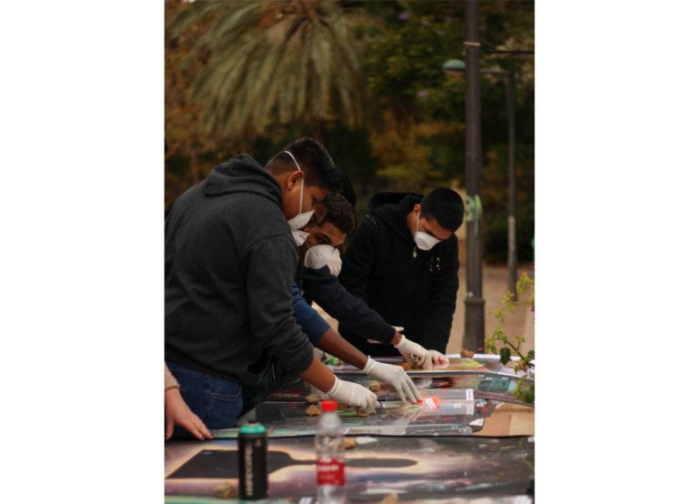 VALENCIA 14 10 13 BENVINGUDA 2013ART PÚBLIC/UNIVERSITAT PÚBLICAXVI MOSTRA D'ART PÚBLIC PER A JOVES CREADORSCAMPUS DELS TARONGERS VIÑETAS VIVAS DE JOSE SALVADOR BARROSO GIL FOTO MIGUEL LORENZO